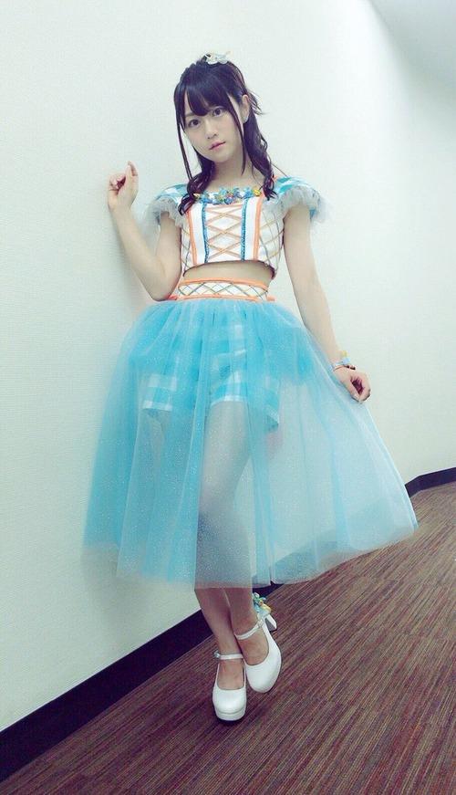 【画像】声優・小倉唯さんのこの衣装好きなんだ