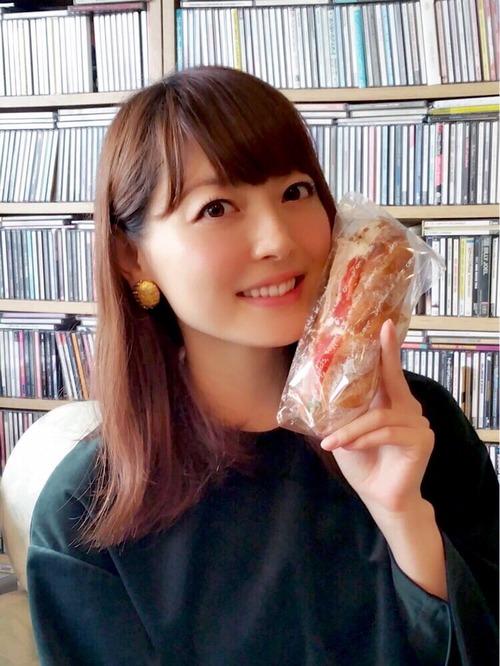 花澤香菜さんってまだパン大好きなんだなwww