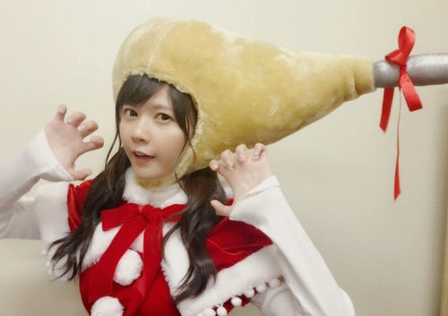 【画像】声優の竹達彩奈さんがチキンになっちゃった