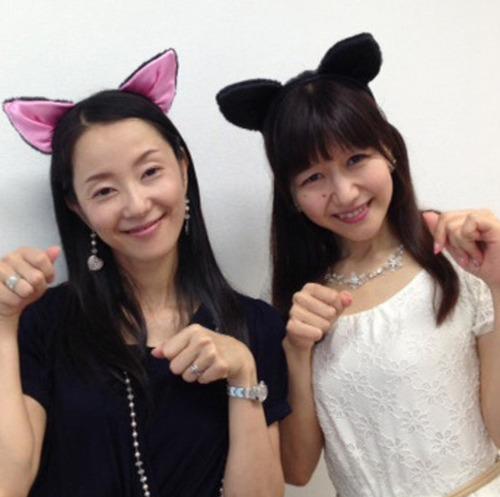 【画像】女性声優の猫ポーズは最高だよな!!!