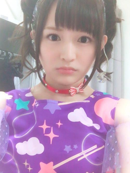 【画像】この声優・西明日香さんの何とも言えない表情かなり好き