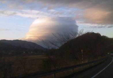 人類は滅亡に向かっている  仙台上空に『天空の城ラピュタ』に