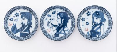 【ラブライブ!】Aqoursの有田焼豆皿が未熟DREAMER和服姿で登場!第一弾は2年生組!