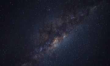 milky-way-1031138_1280-e1484442985208