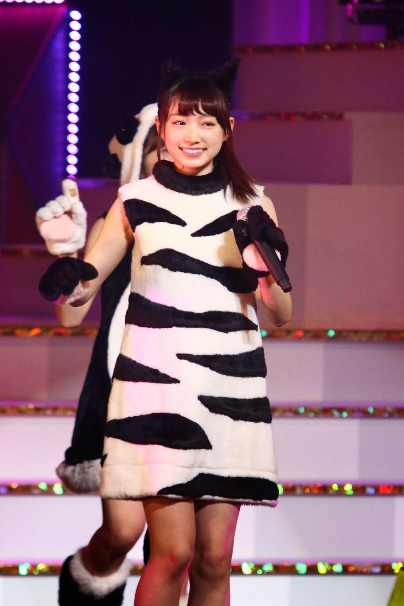 ライブで笑顔の太田夢莉