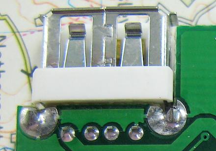 12 USBコネクタアップ