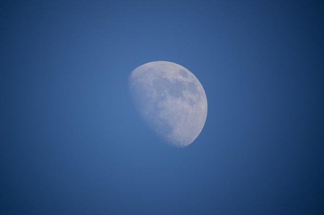 luna01