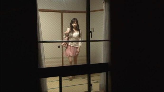 【画像】 女子大生の着替え盗撮写真が流出、これマジのやつじゃん (画像あり)