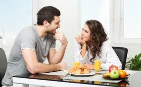 朝ごはんからデートを始めようとする恋人「朝ごはんどうする?」いや家で食べて来いや。モーニング文化に耐えられなくなった