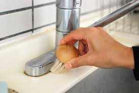 妊娠中に洗面所の掃除をサボってたら大喧嘩、別居寸前になってる。旦那「もう出ていけば?明日アパート解約してもらうから」