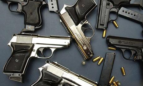 【速報&動画あり】アメリカの高校で17人銃殺 犯人は元生徒の模様