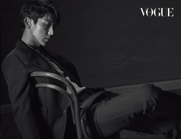 20170627 Vogue Korea -1