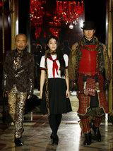 パリコレにモデルとして初参加した竹中直人、成海璃子、沢村一樹