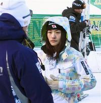 08-09 W杯第3戦 上村愛子1年ぶりの予選落ち