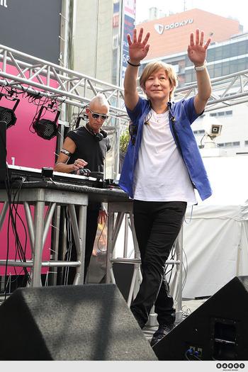 globe004_s_www_barks_jp