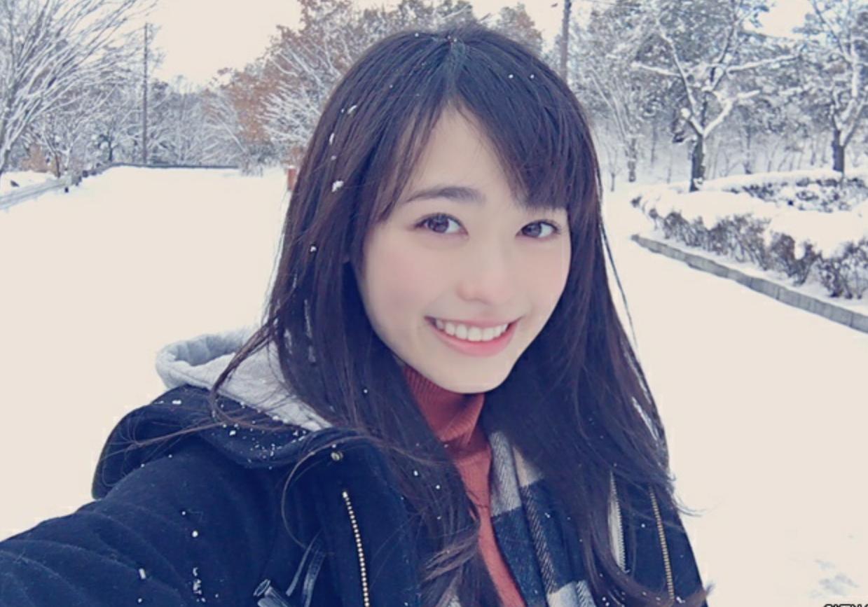 寒くても笑顔で可愛い福原遥