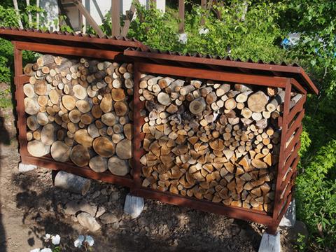 薪小屋P6030007