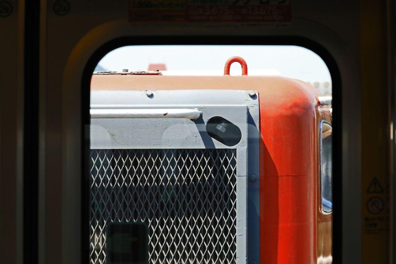 JR北海道 733系3000代B3210+3110+B3211+3111編成 甲種輸送 JR貨物 DE10-1561号機・EF510-22号機牽引