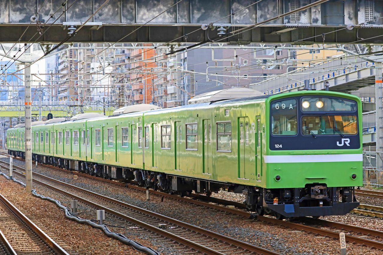 JR西日本 201系ND622編成