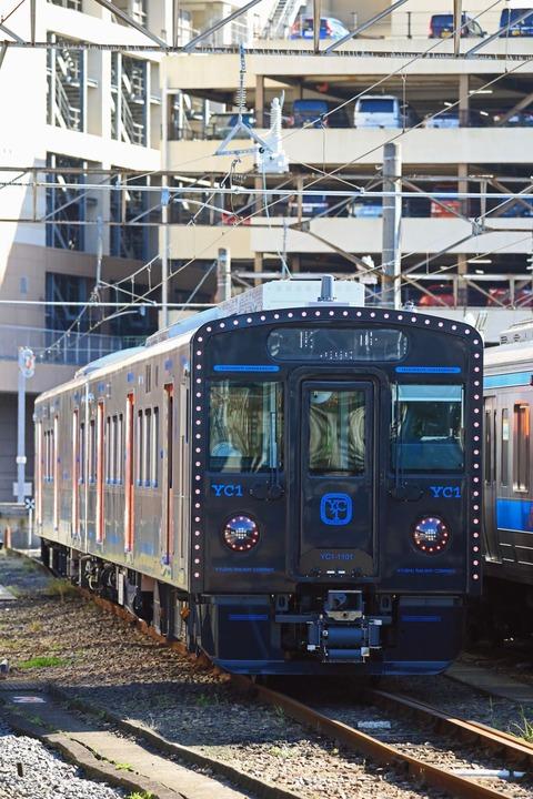 JR九州 YC1系ハイブリッド気動車100番台1100番台 第2編成@長崎駅地上ホーム