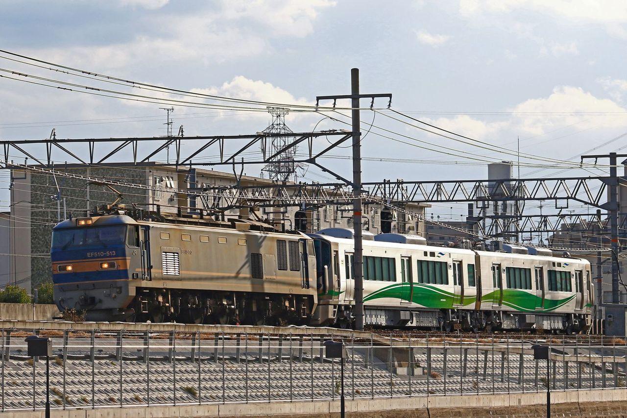 あいの風とやま鉄道 521系1000番台第1編成甲種輸送 EF510-513号機牽引
