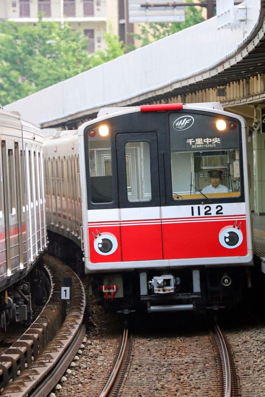 大阪市営地下鉄 御堂筋線 10A系1022F「110周年目の出発進行」キャラクター装飾編成
