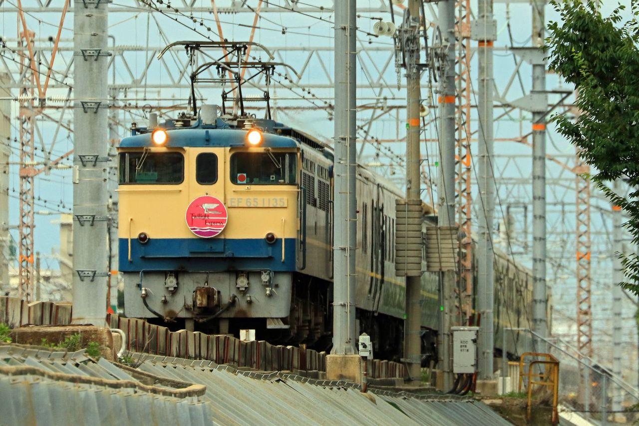 JR西日本 EF65-1135号機牽引 「トワイライトエクスプレス」団体臨時列車
