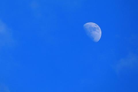 s_moon_4W5A6147