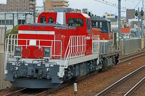 JR貨物 DD200-12号機 甲種輸送 DE10-1743号機 JR貨物更新色牽引