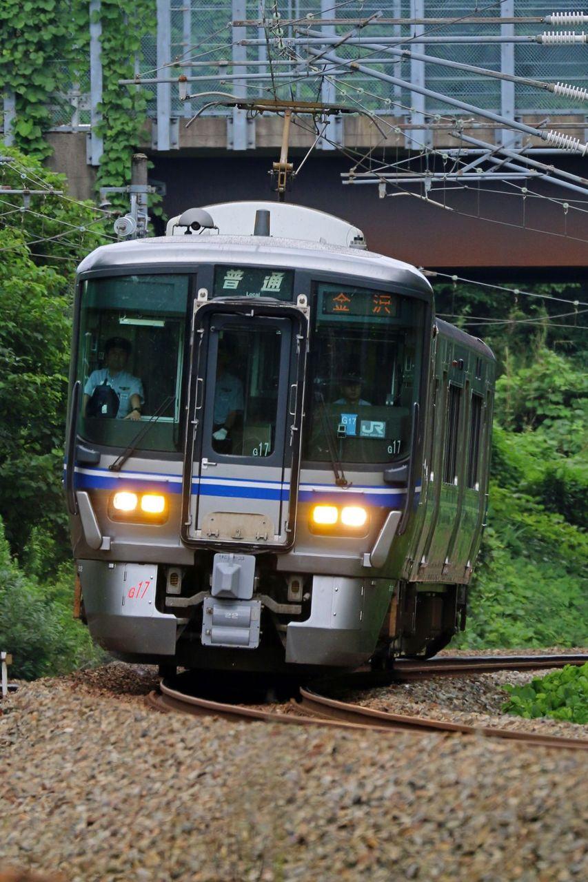 JR西日本 521系G17編成