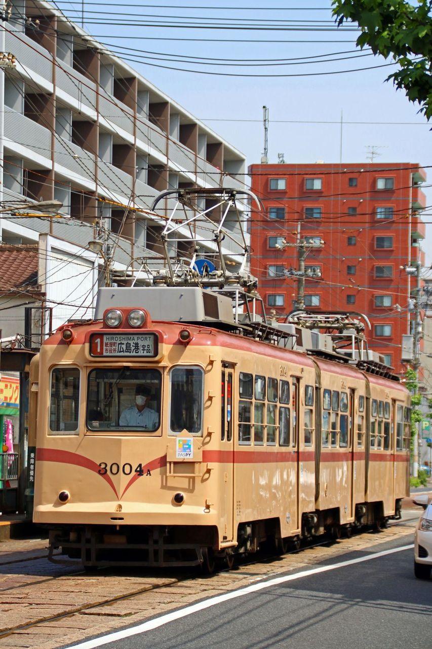 広島電鉄 3000系3004編成 標準色