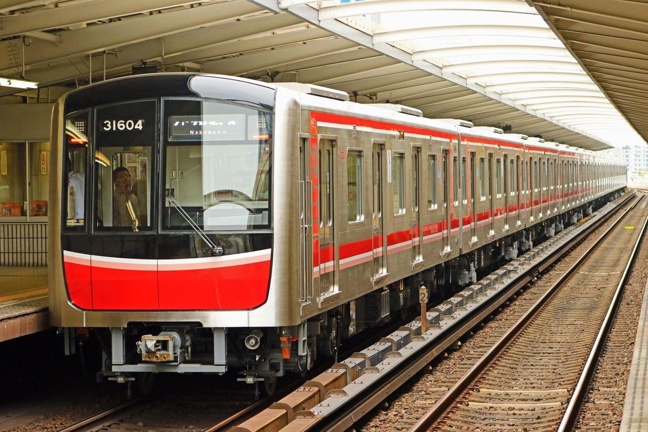 大阪市営地下鉄 御堂筋線30000系31604F