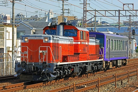 JR西日本 キハ120-301 配給輸送 DD51-1192号機牽引 網干入場
