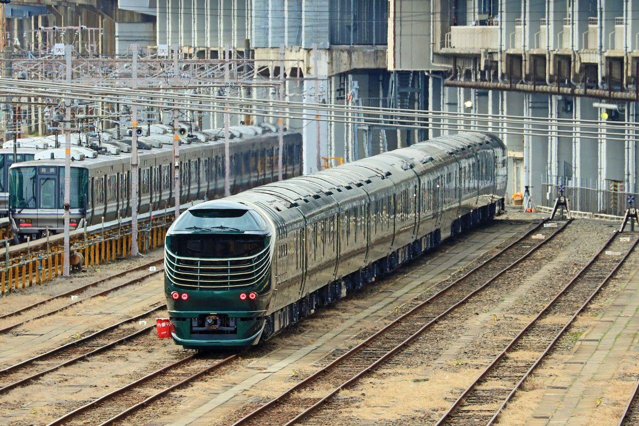 JR西日本 87系寝台気動車「TWILIGHT EXPRESS瑞風」宮原にて。