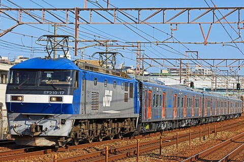 JR九州 YC1系200番台1200番台ハイブリッド気動車第10.11.12編成 甲種輸送 EF210-17号機牽引