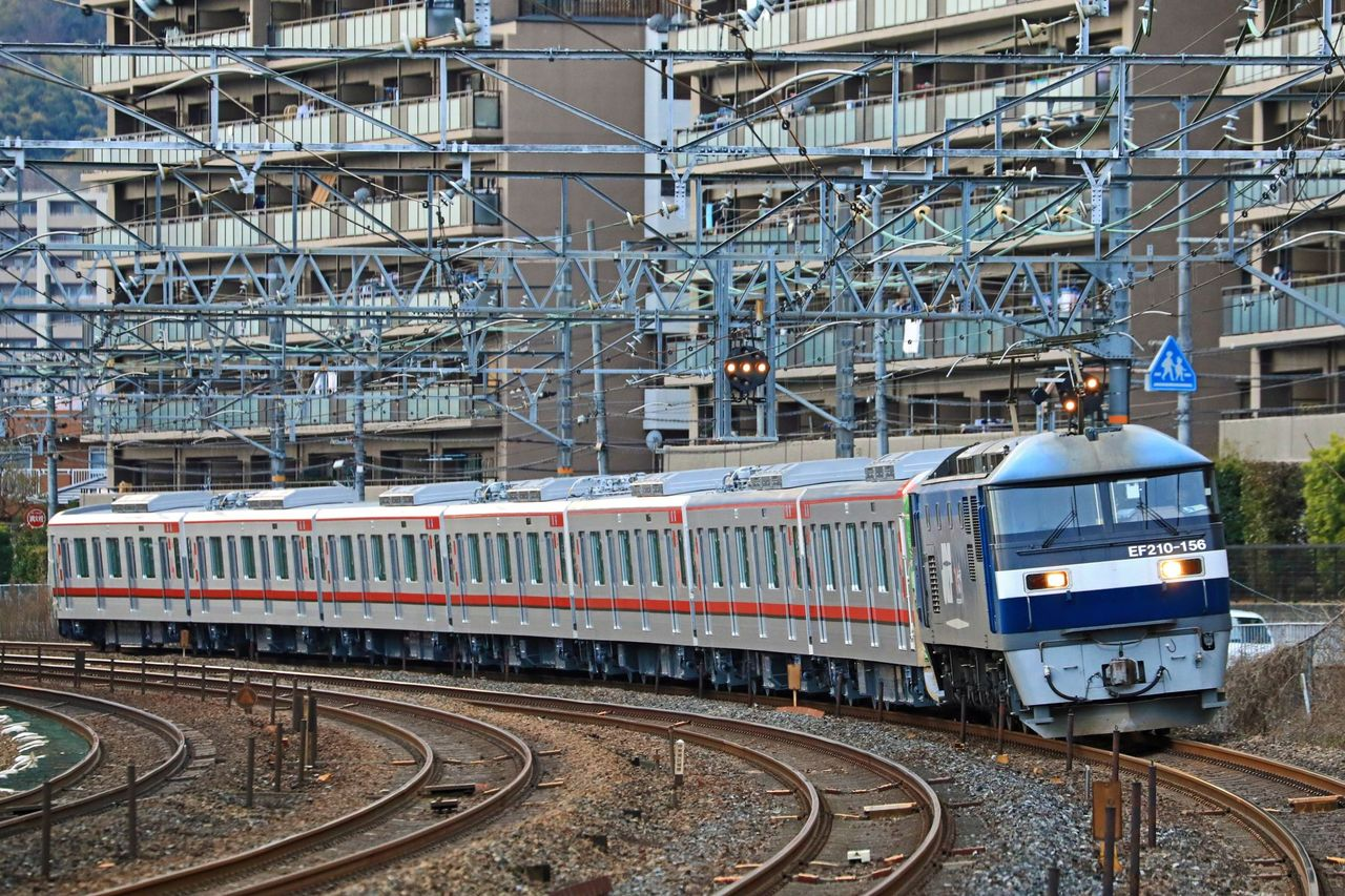 東武鉄道 70000系71706F甲種輸送 JR貨物 EF210-156号機牽引