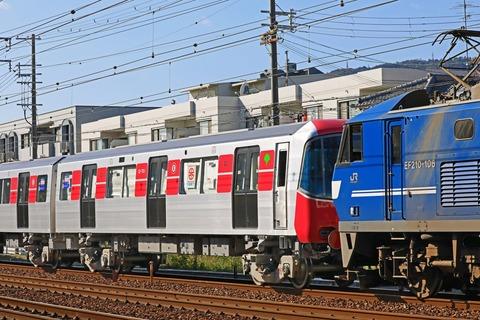 s_TK12-600k+EF210-106_4W5A5785