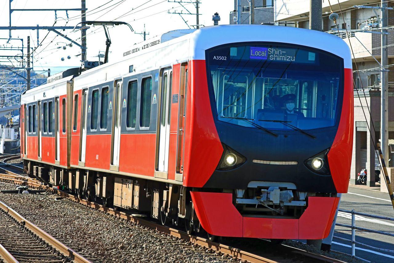 静岡鉄道 A3000型第2編成「パッションレッド」