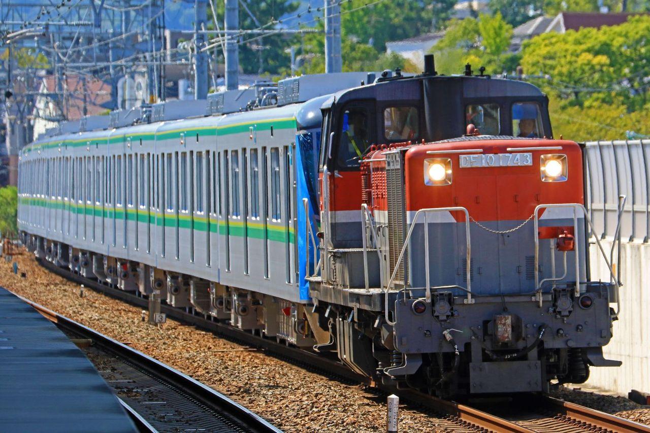 東京メトロ 千代田線用16000系16137F甲種輸送 JR貨物 DE10-1743号機牽引