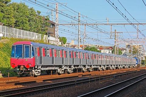 s_TK12-600k+EF210-106_4W5A5794