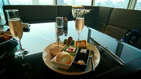 スイスホテル南海大阪「Tavola36(タボラ36)」のアフタヌーンティーバイキング♪