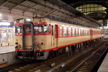 高松駅にて2