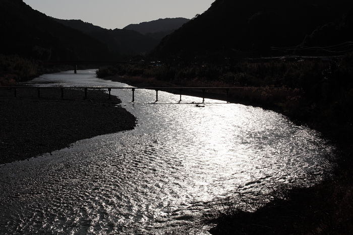 黄昏の潜水橋