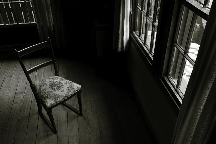 アンティークな椅子:1