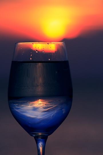 夕陽のワイングラス