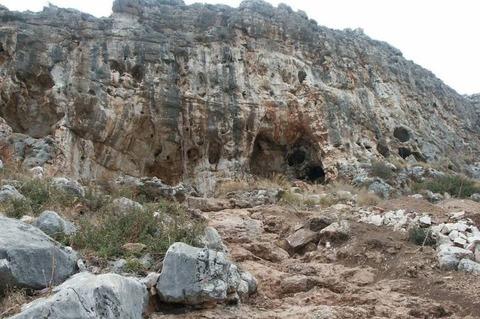 000ミスリア洞窟は海抜90メートルの位置にある