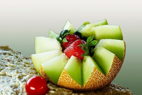 melon-4441234__480
