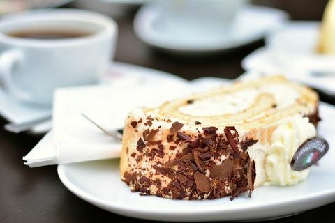 cake-3572438__480