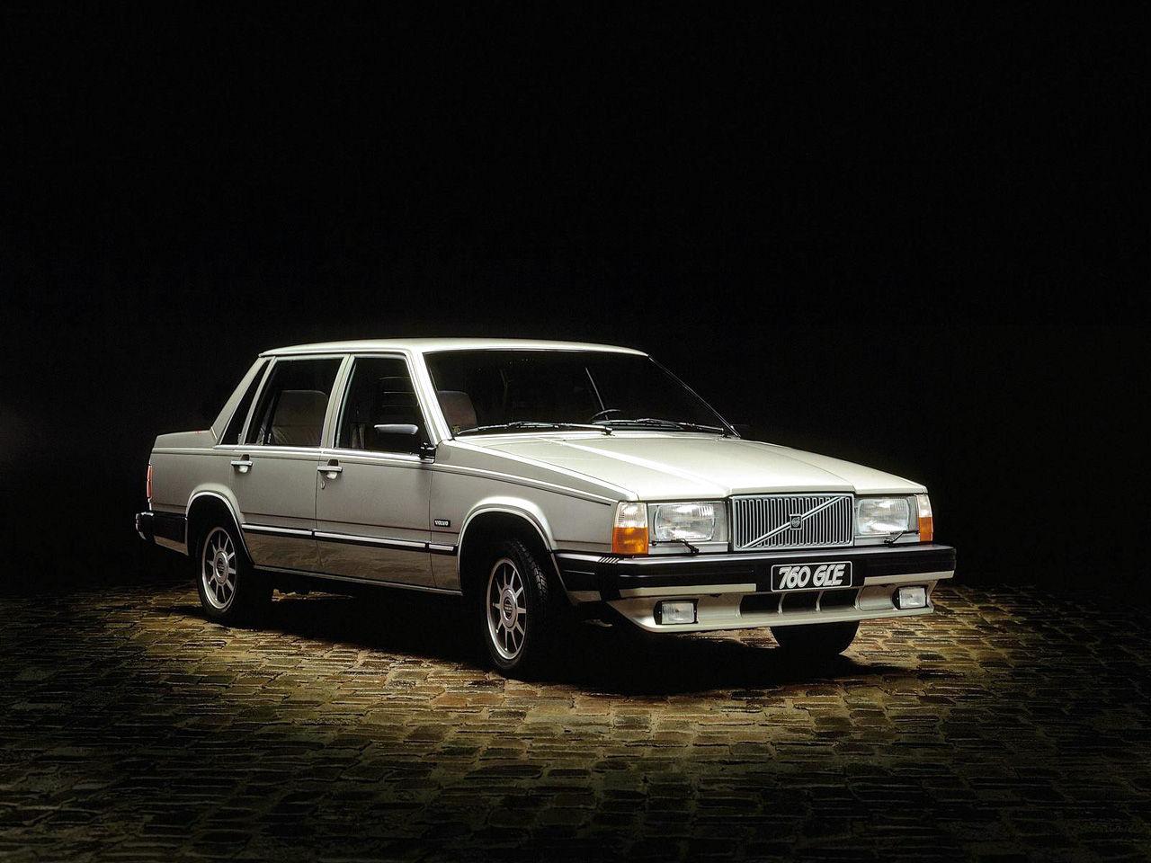 volvo-760-white-1