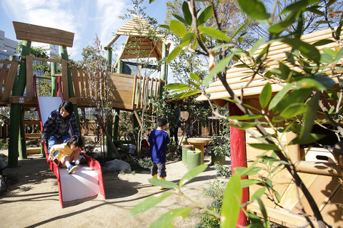 playville_outdoor_img01